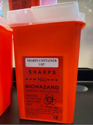 Sharp container 0,9L